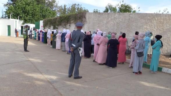 برلماني يعلن ارتفاع حصيلة بؤرة للا ميمونة إلى 800 ووزير سابق يحمل المسؤولية للمواطنين !