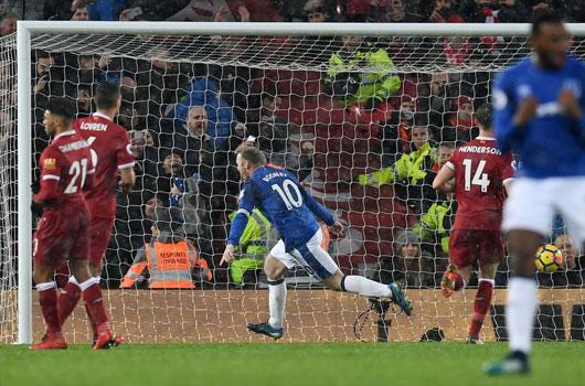 Liverpool 1-1 Everton: Viên đạn vào chân mình 3