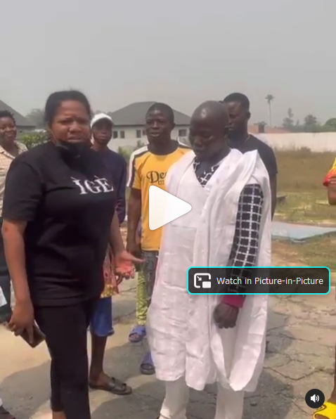 Netizens Hails Toyin Abraham As She Deals With Area Boys Whilst On Set. VIDEO