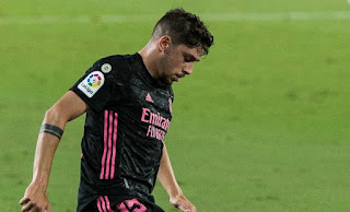 Real Madrid reportedly turndown offers from Bayern Munich for Fede Valverde during the transfer window