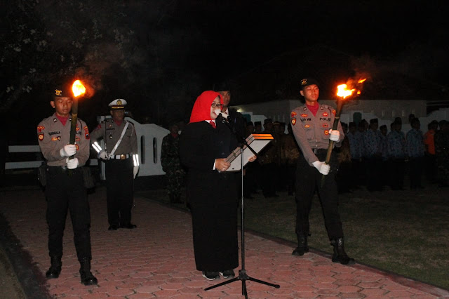 Renungan Suci Peringatan Hari Pahlawan Di Taman Makam Pahlawan Hastana Manggala Negara