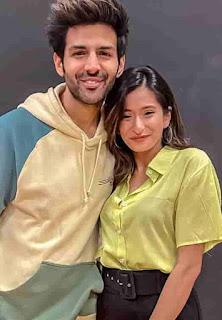 Unnati Malharkar With Kartik Aaryan