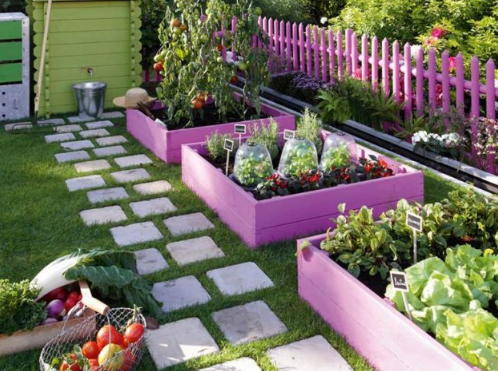 MODERN AND COOL RAISED GARDEN BED IDEAS