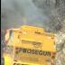VÍDEOS: Carro forte pega fogo em Itaporanga e assusta moradores