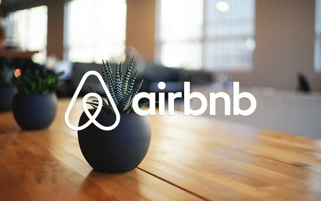 Après une soirée d'Halloween meurtrière, Airbnb veut davantage encadrer les fêtes non-autorisées