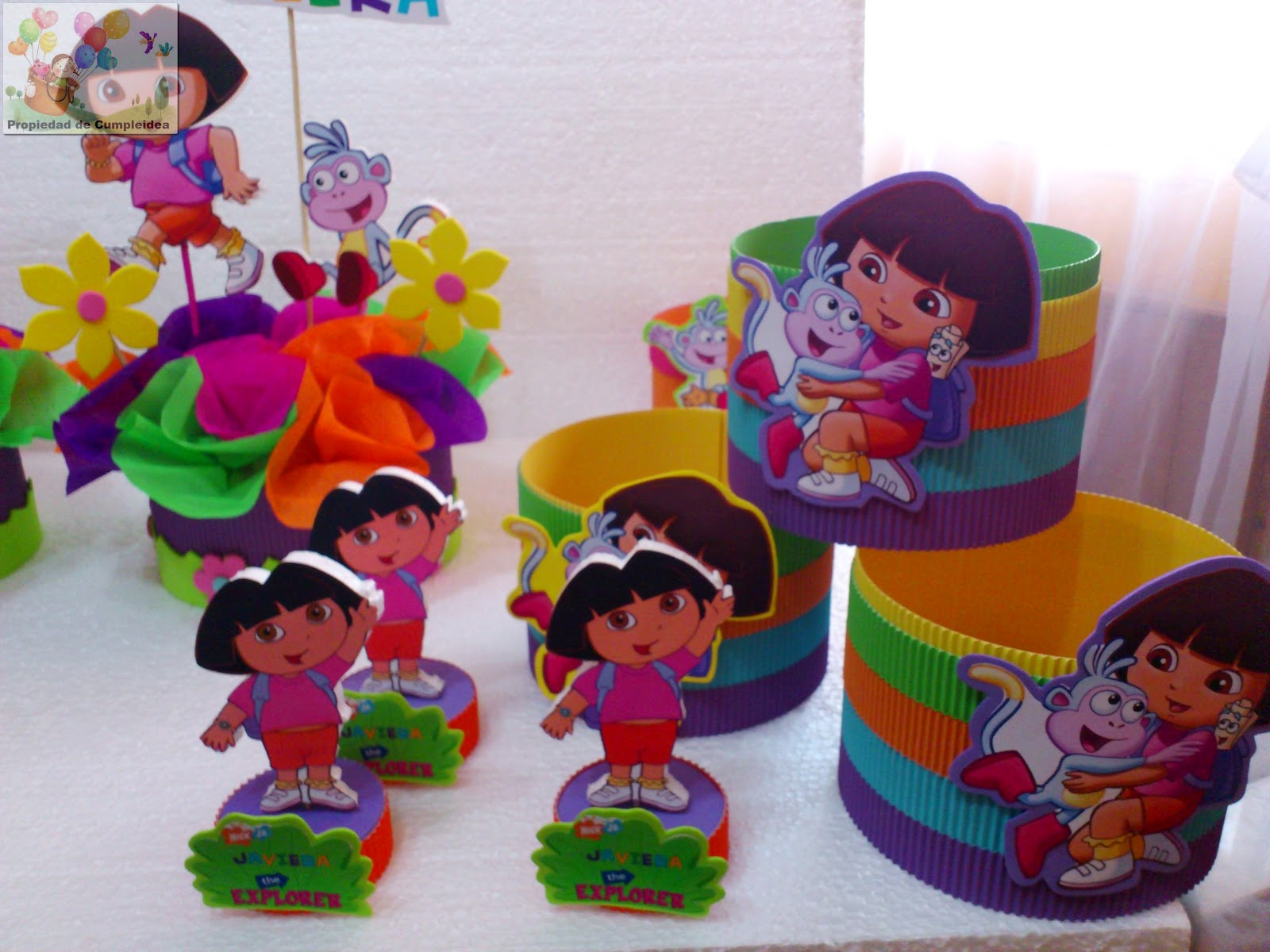 Decoraciones infantiles dora la exploradora - Mesas para cumpleanos infantiles ...