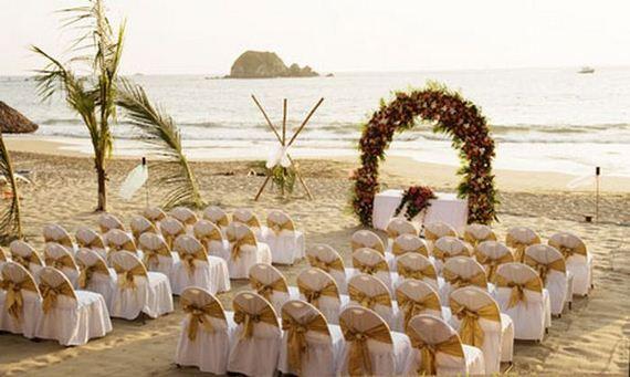 Stunning Beach Wedding Ceremony Ideas: Beautiful Beach Wedding Decorations