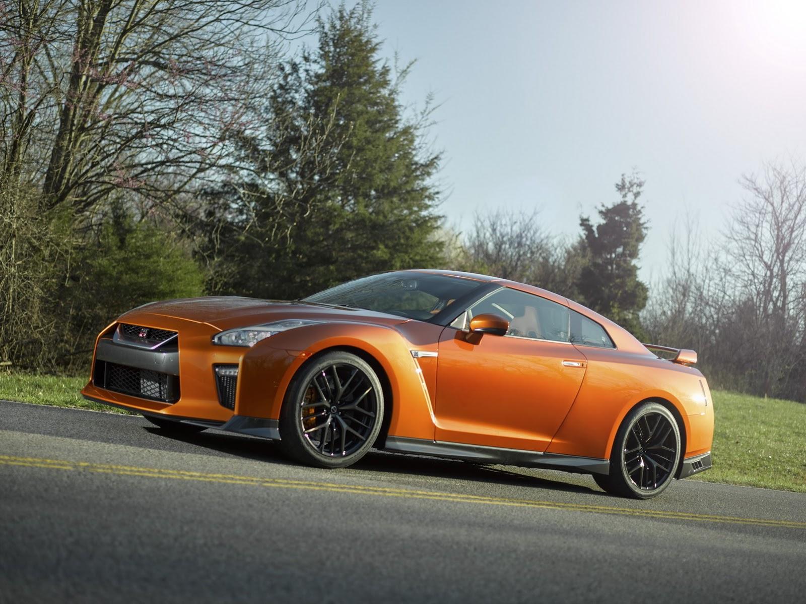 Nissan GT-R 2017 sẽ tiếp bước thành công của các huyền thoại