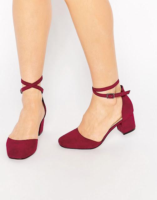 zapatos rojos con lazo