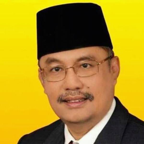 DR.H.M. RAMLI WALID, SE.M.Si | Biografi Tokoh dan Politisi Riau