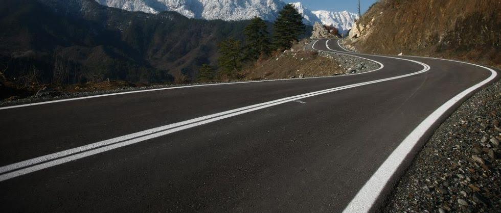 Συντηρεί το οδικό δίκτυο της Π.Ε Καρδίτσας η Περιφέρεια Θεσσαλίας