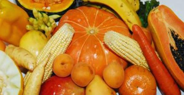 legumes e frutas alaranjados para enxaqueca