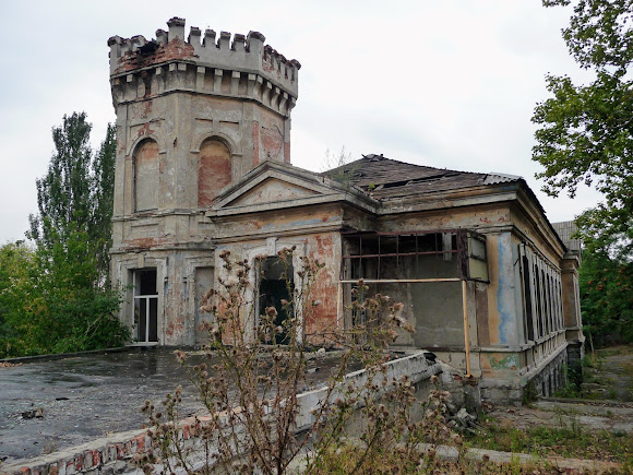 Донецьк. Вул. Понтійська. Руїни будинку Нестерова. 1889 р.