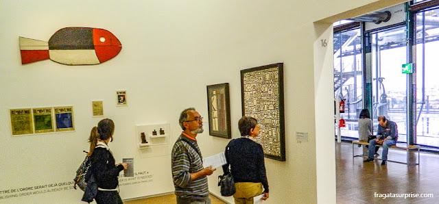 Obras de Joaquín Torres-García no Centro Georges Pompidou, em Paris