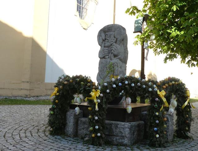 Osterbrunnen in Pretzfeld, Fränkische Schweiz