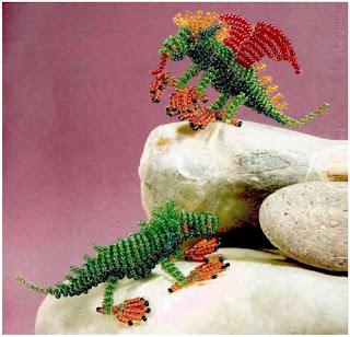 Динозавры из бисера