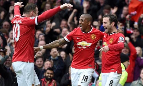 Young đang là một cầu thủ quan trọng góp phần giúp Man Utd hồi sinh ngoạn mục gần đây.