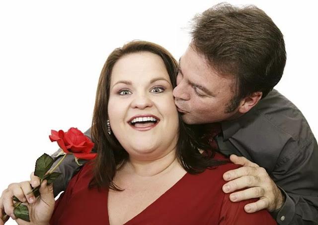 7 причин, через які чоловікам подобаються пухкі дівчата