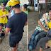 Lalaking may Kapansanan na Nagtitinda ng Mani, Walang tigil sa Pag-iyak Matapos na H0ldapin