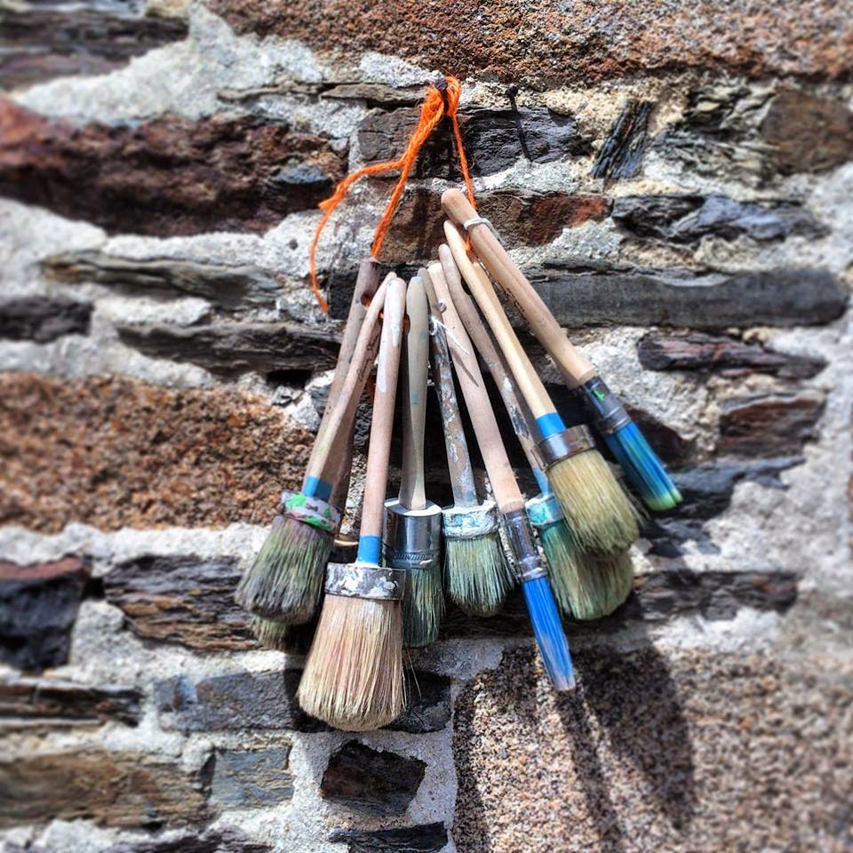 Annie Sloan • Paint & Colour: Brush up on your brushes