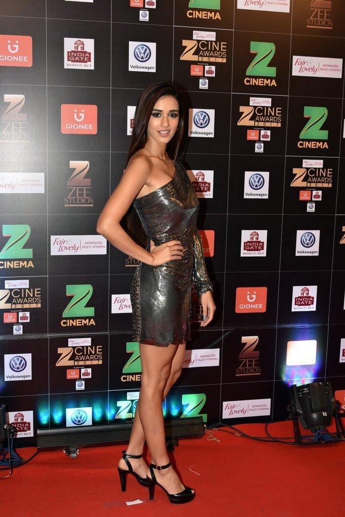 Indian Actress Disha Patani At Zee Cine Awards 2017