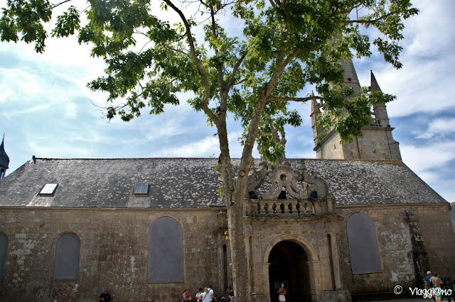 La chiesa di Saint Cornely è una delle più belle del Morbihan