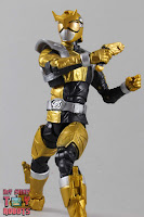 Lightning Collection Beast Morphers Gold Ranger 26
