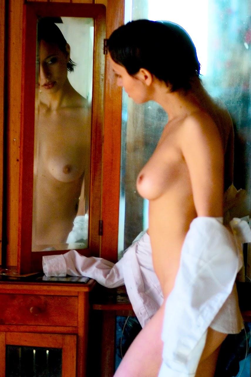Met-Art 20040420 - Kristzy A - Mirror - by Richard Murrian