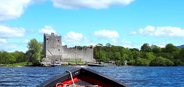 Vaeltaminen irlannissa, vaeltaminen, irlanti, killarney, cap of dunloe, vuoristo, ross castle, avomoottorivene
