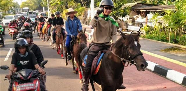 Reuni 212, Para Penunggang Kuda Mulai Tiba di Jakarta