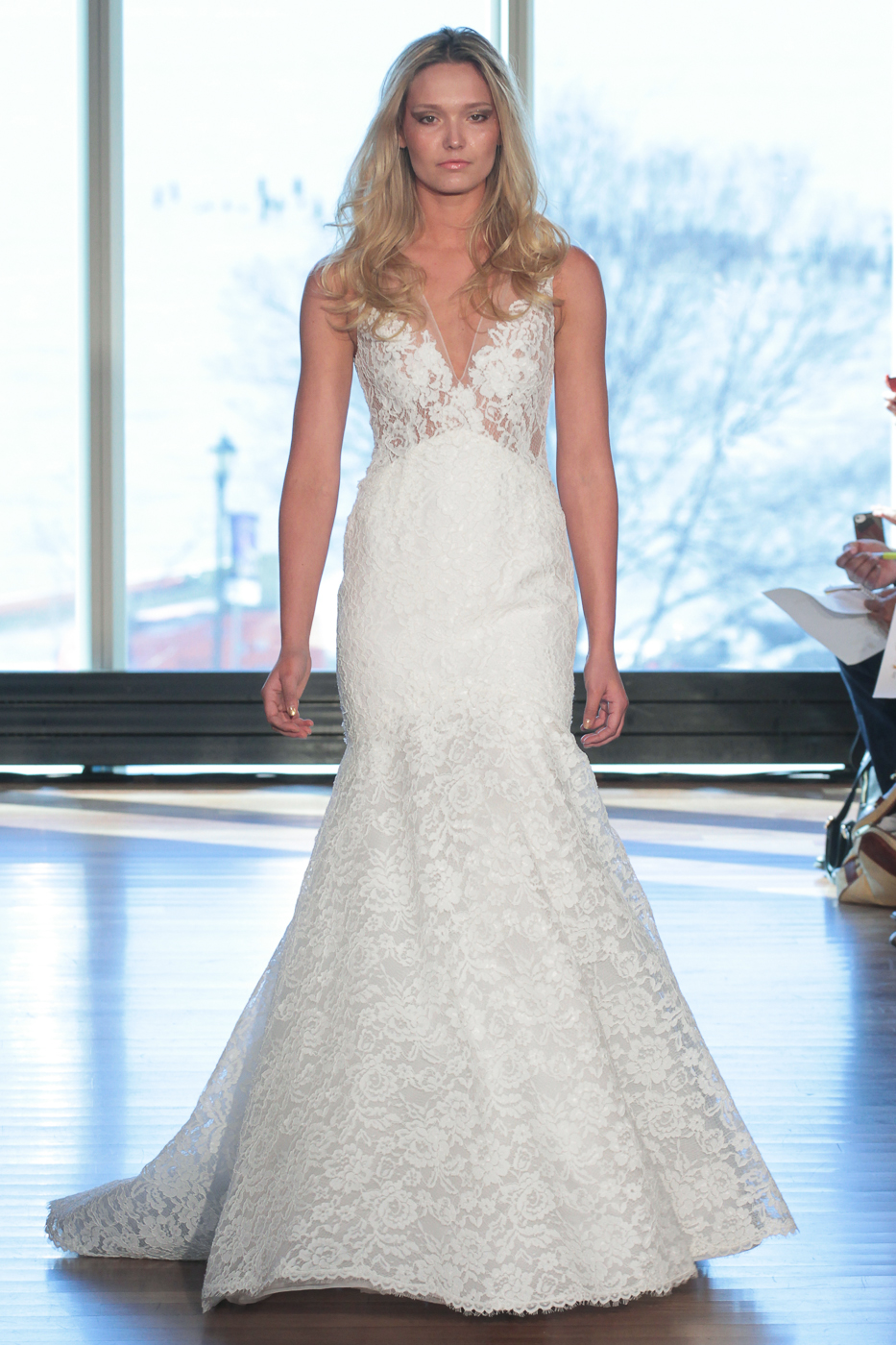 Luxury Wedding Dresses New York : Fashion examiner luxury wedding dresses from new york