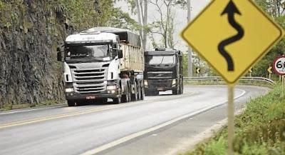 Detran-ES estuda tecnologia para pesar caminhões em movimento