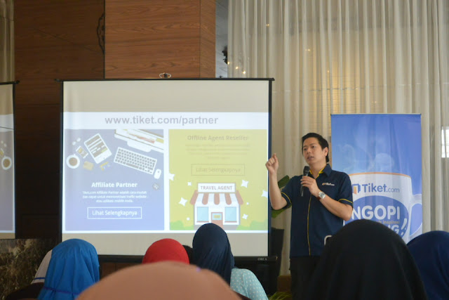 Gaery Undarsa Affiliate Tiket.com #NgopiBarengTiket Jogja Complete Guide To Blog Monetizing