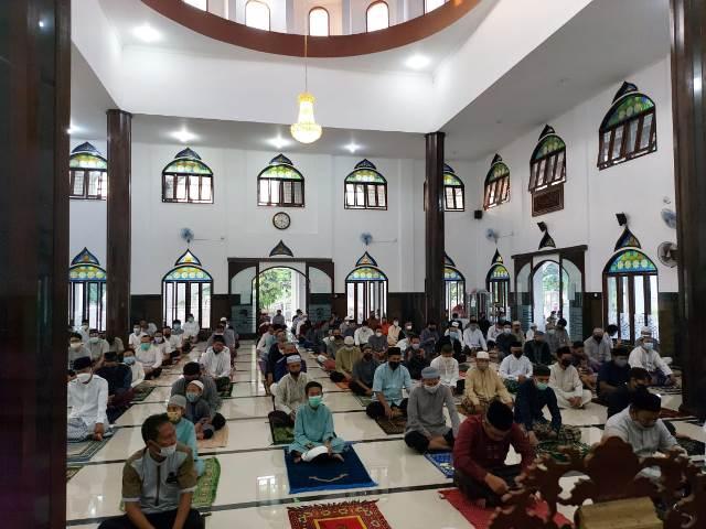 Foto: Shalat Idulfitri Masjid Abu Bakar GCA