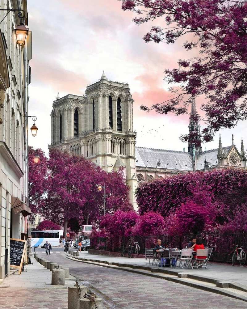 Cityscapes and street shots by Gregory Komninellis