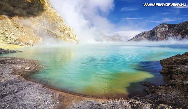 Kawah Ijen - A vulkán, amely kék lávát lövell