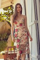 Moda feminina: Vestido Midi Tule Bordado