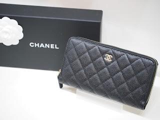 シャネルの未使用財布をお買取りさせて頂きます 型番はAP0242 Y01864 C3906 国内定価136,400円