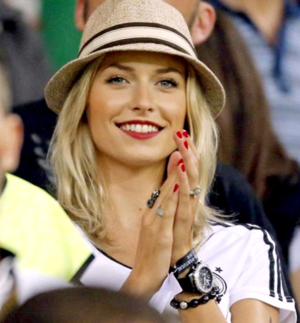 The Most Sexiest Beautiful Women S Football Lena