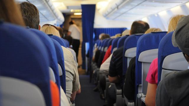 Cara Naik Pesawat Pertama Kali