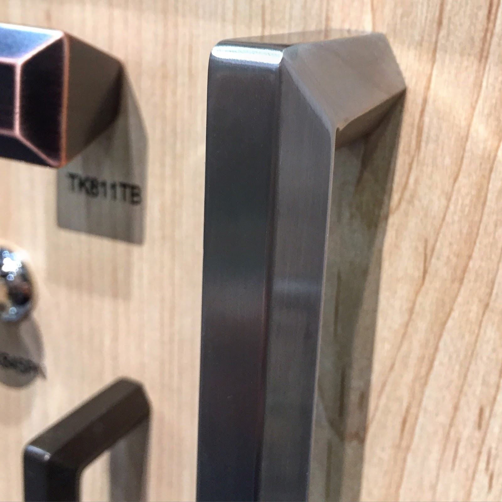 mod design guru fresh ideas cleverly modern design mod must on blogtourkbis with modenus in vegas we were introduced to topknobs one of our generous sponsors designers value topknobs for their exceptional