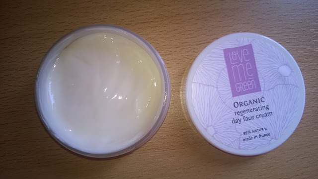Love me Green Organic day face cream.