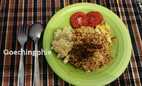 Resep Indomie Pedas Level 8 ala Cafe