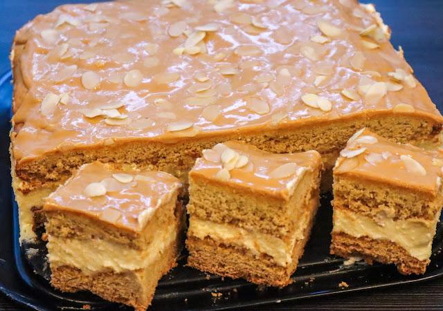 ciasta/desery,ciasto z masą budyniową,kruche z masą budyniową,masa budyniowa,ciasto z kremem kajmakowym,kruche miodowe,krem kajmakowy,miodownik,kruche ciasto,ciasto z kajmakiem,