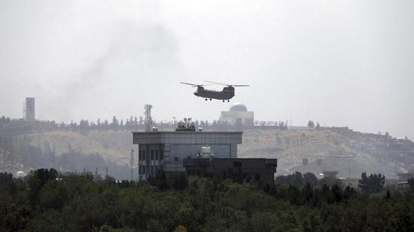Militer AS Amankan Bandara Kabul, Personel Kedutaan Dievakuasi