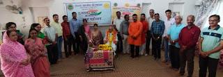 आनंद विभाग द्वारा अन्तर्राष्ट्रीय वृद्ध दिवस पर 99 वर्षीय श्री अमृतलाल 'अमृत' का अभिनंदन