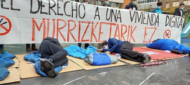 Berri-Otxoak denuncia que el Ayuntamiento deja en la calle a más de 30 personas sin hogar pese a las gélidas temperaturas invernales
