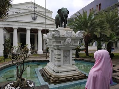 tempat wisata di jakarta museum gajah