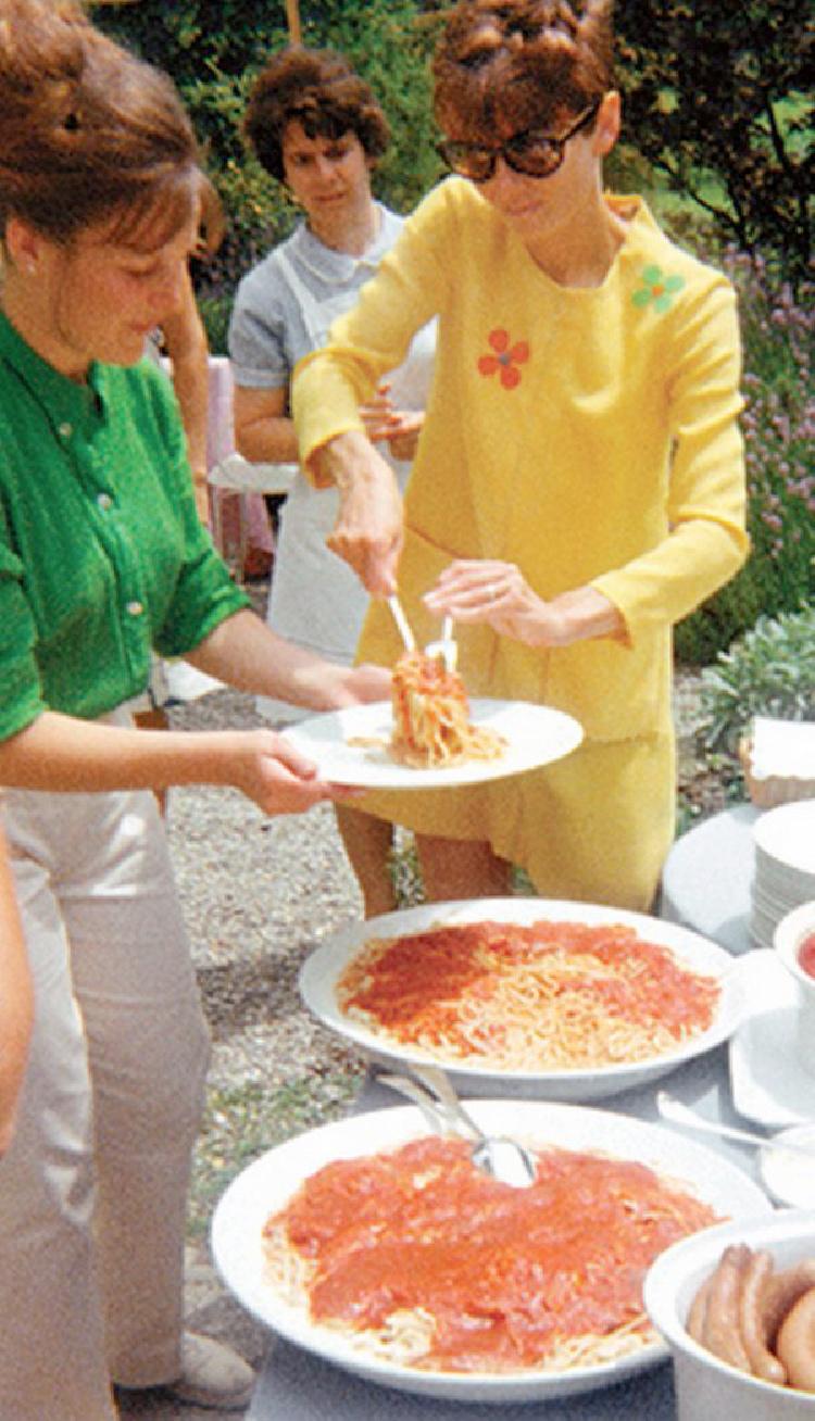 A Vintage Nerd, Vintage Blog, Audrey Hepburn's Spaghetti Al Pomodoro Recipe, Audrey Hepburn Week, Old Hollywood Blog, Classic Film Blog