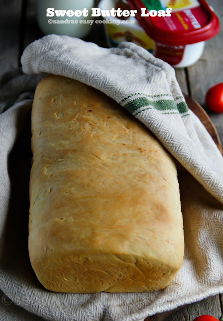 A Simple recipe for Sweet Butter Bread. #bread #baking #recipes #butter #homemade